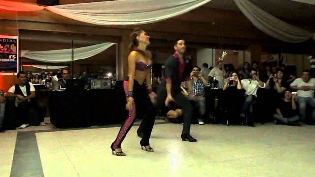 Pop-bachata-merengue choreo